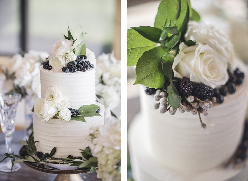 wedding cake with roses and blackberries, Blue Thistle Cakery, © epagaFOTO