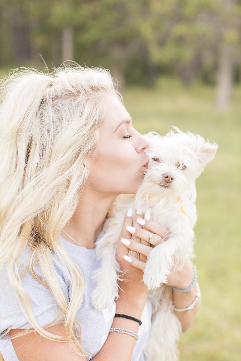 high school senior girl and dog portrait session | ©Hayden Esau Photography | Casper, WY senior portraits