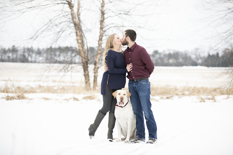 ©Elyse Bullard Photography | winter engagement photos with a Yellow Lab