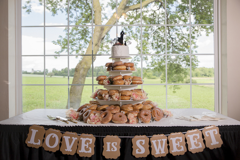 doughnuts, cake topper with couple and dog silhouette