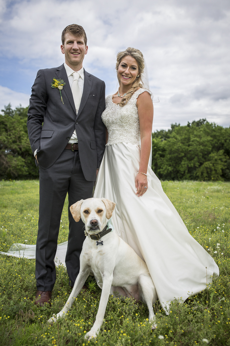 wedding couple and their dog | ©Penny Photographics | Minnesota wedding photography for adventurous couples, dog-friendly wedding