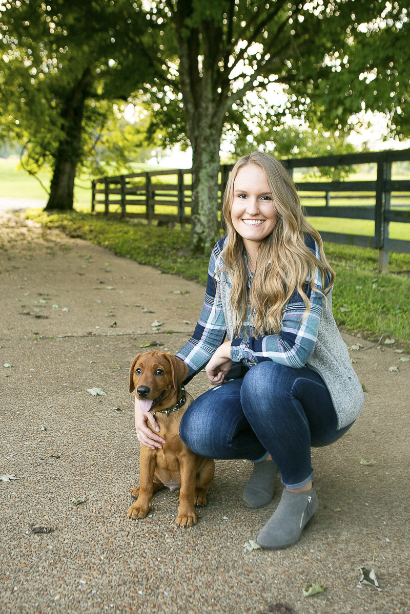 girl and her Red Fox Lab puppy | ©Mandy Whitley Photography, Nashville pet photography