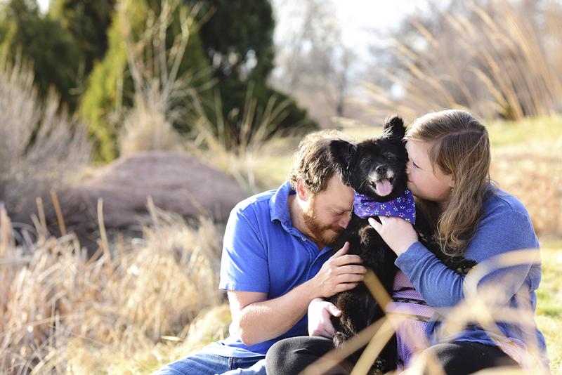senior dog and the people who love her, ©Wag Your Tail Photography | Denver pet photography