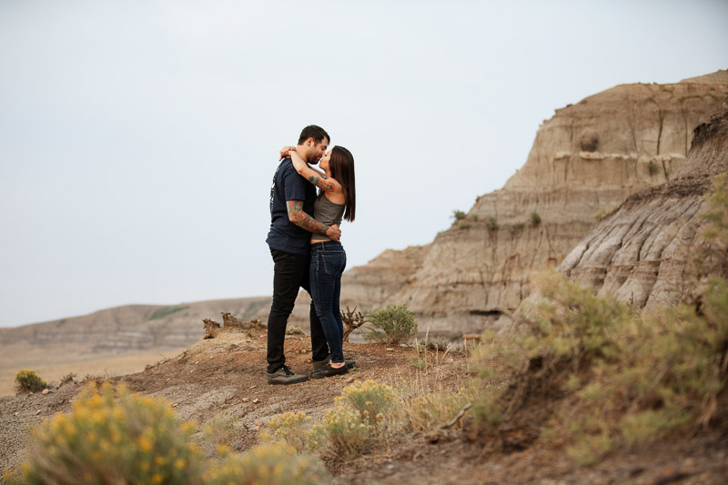 couple kissing in Big Muddy Valley, scenic engagement portrait session | Jackie Hall Photography
