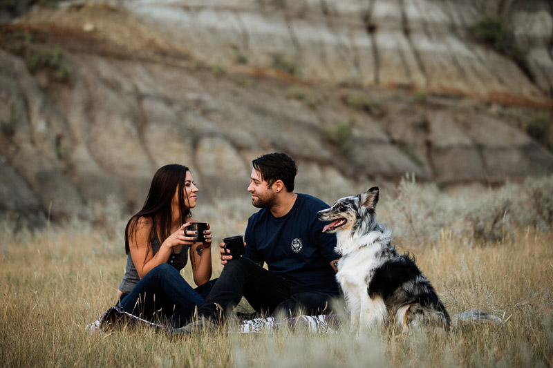 dog-friendly engagement shoot, Big Muddy Valley, SK, ©Jackie Hall Photography