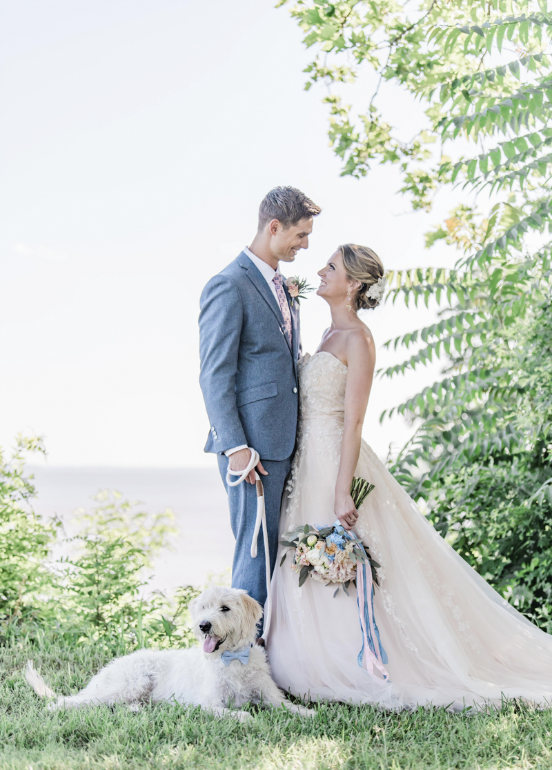 dog-friendly wedding inspiration, summer wedding ideas ©Landrum Photography