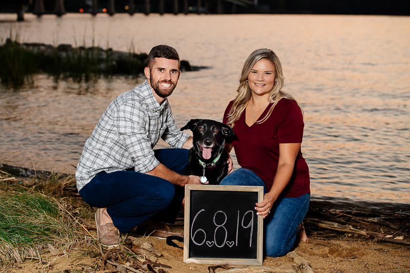 Save the date sign with a dog, dog-friendly engagement photos, Annapolis ©Rachel Smith Photography