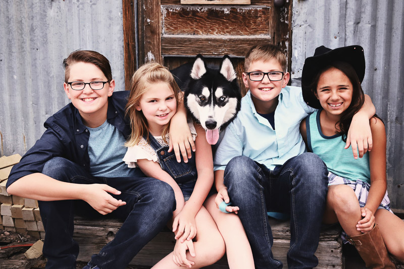 rustic family photos,kids and dog ©Sarah Jay Photography