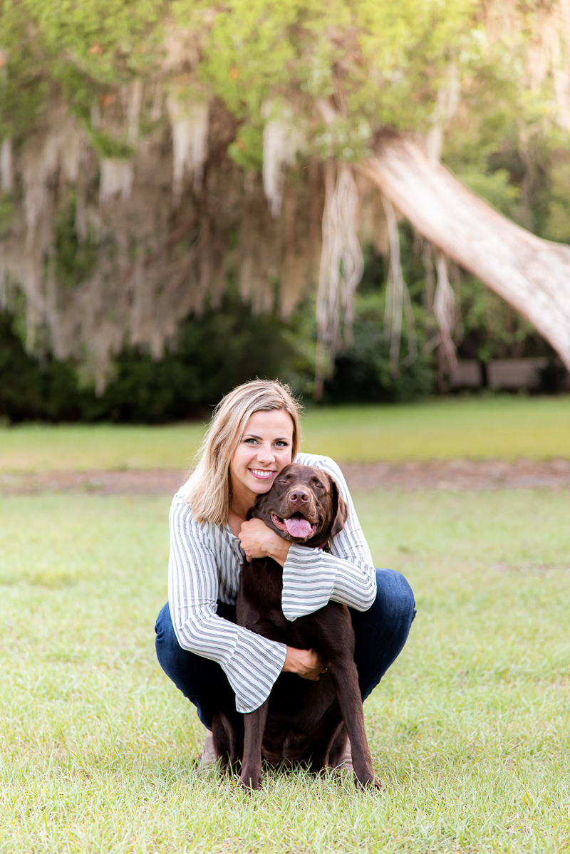 woman and her dog, lifestyle people and pet portraits | ©Devon Tabor Photography