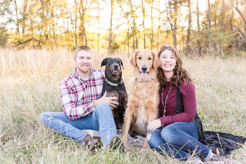fall dog-friendly photo ideas, ©Tasha Barbour Photography | lifestyle family photosDenton, NC