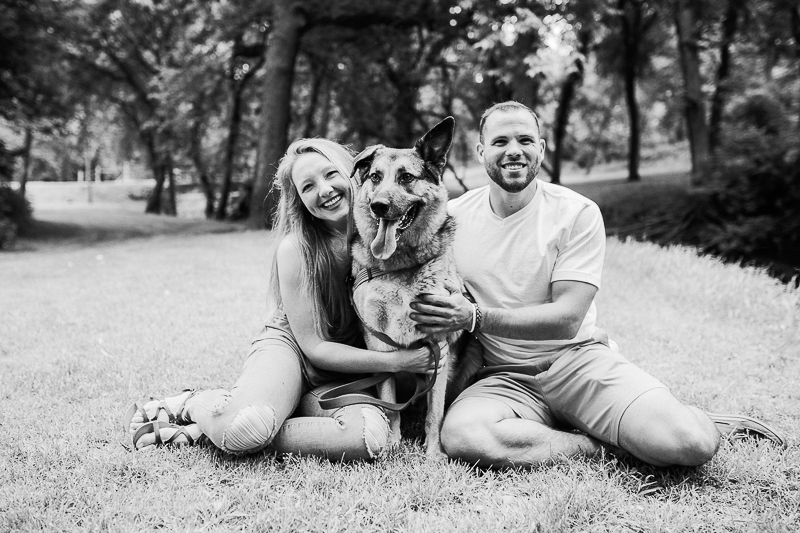 timeless photography, couple and their dog | ©Fly Away Photography, Sioux Falls, SD | lifestyle dog-friendly family portraits