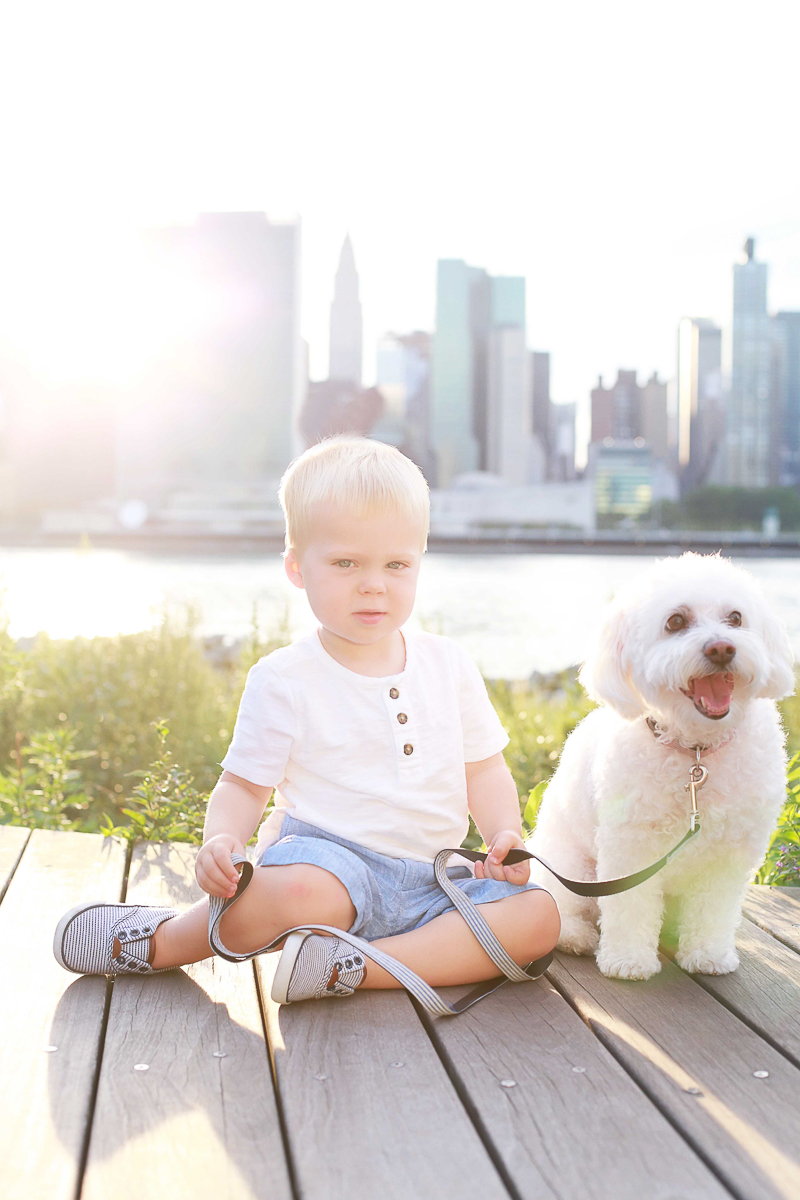 Gantry Plaza State Park in New York City, Helena Woods | lifestyle pet-friendly child photography