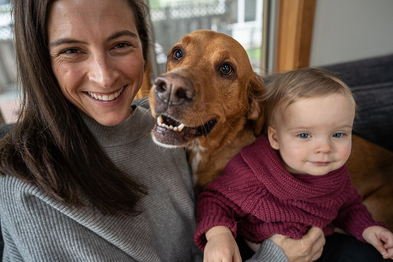 mom with dog and toddler, ©Ueda Photography | Madison, Wisconsin