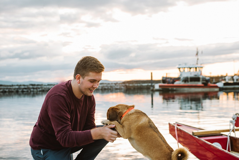 Burlington Waterfront, dog and man | ©Mei Lin Barrel Photography