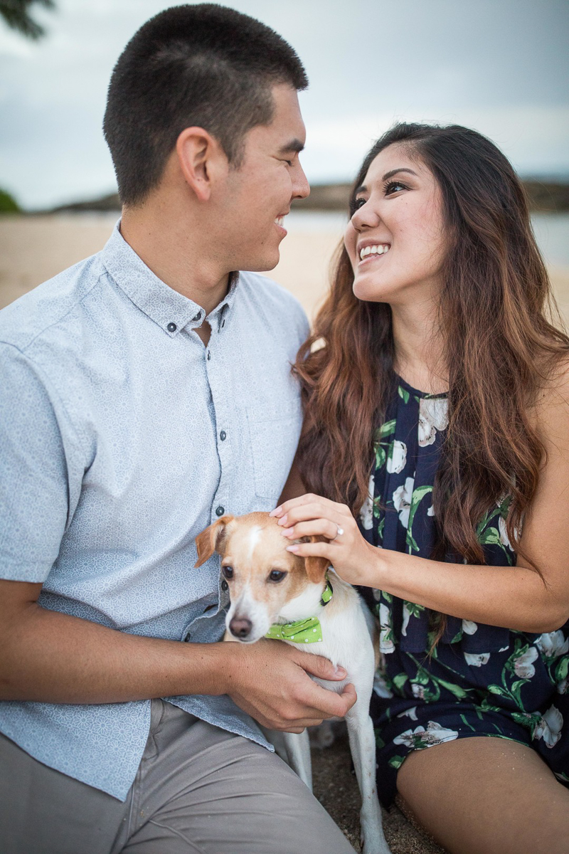 dog-friendly beach engagement session | VIVIDfotos, Waipahu, HI, wedding and engagement photographers