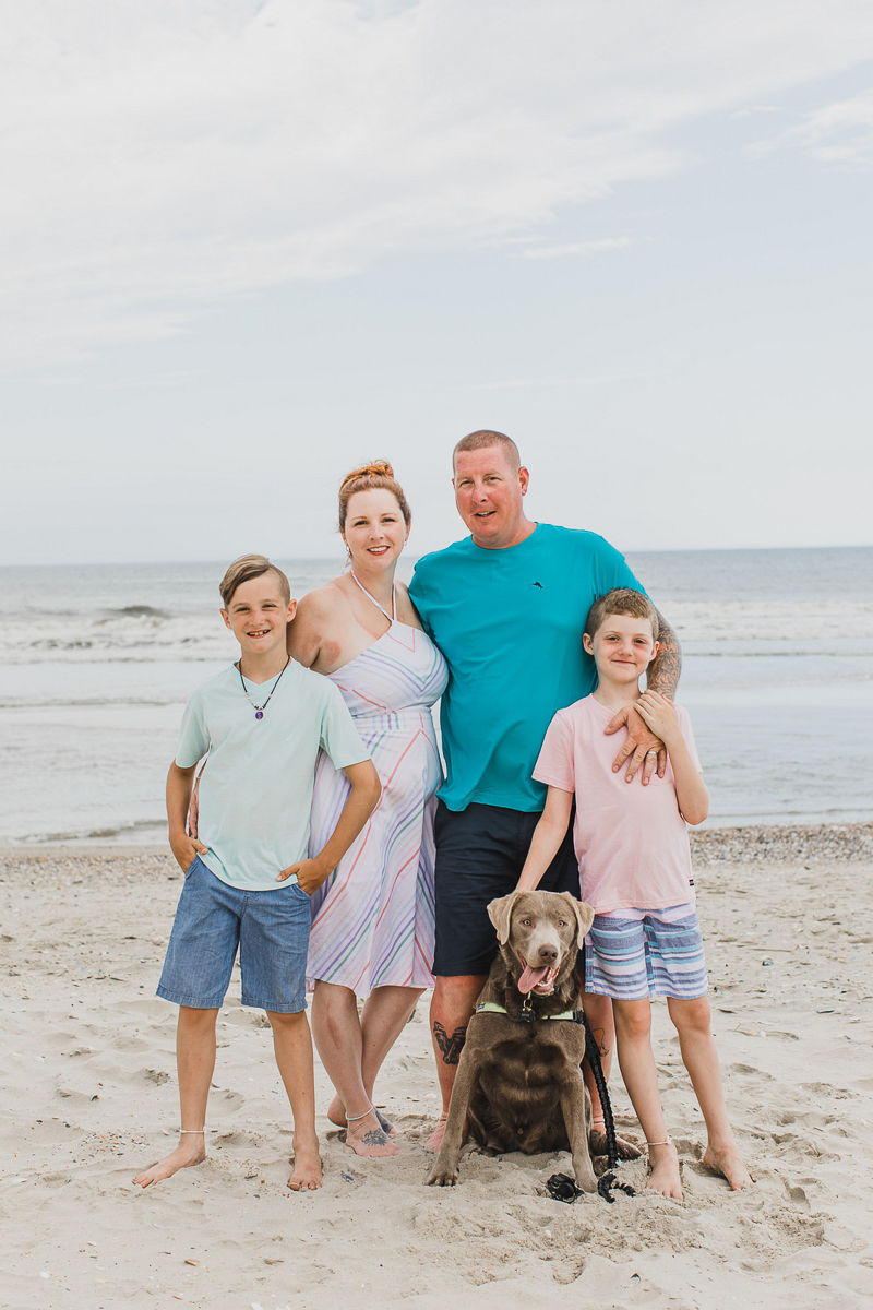 dog-friendly family portraits at the beach | ©Arli Quinn Photography. Corolla, NC