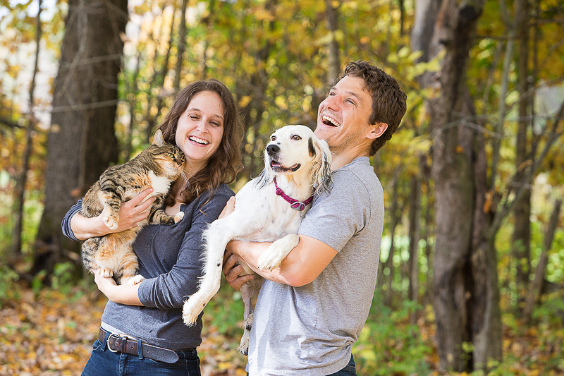 pet-friendly engagement, engagement photos with a cat and dog | ©Cat Cutillo Photography
