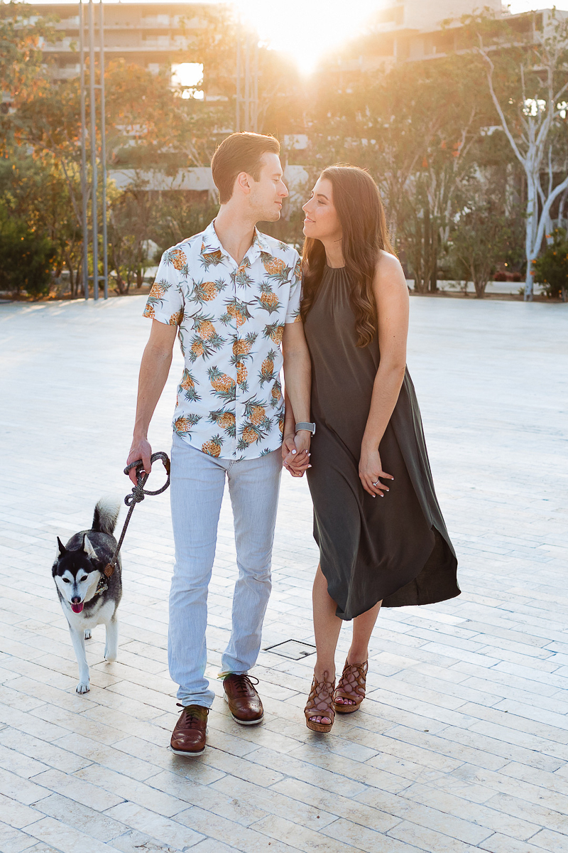 dog-friendly engagement ideas | ©Fabi Rosas Photography