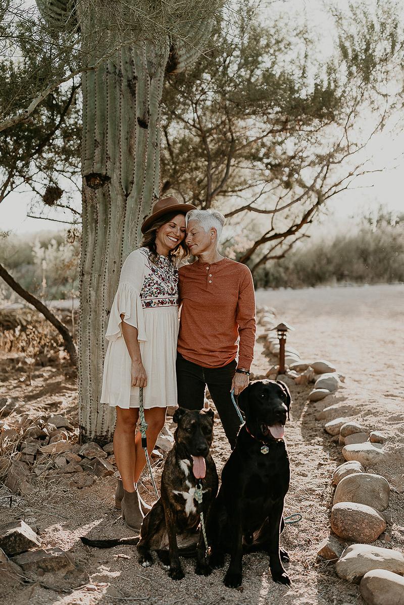 dog-friendly engagement session, Mesa, Arizona | ©Kali M Photos