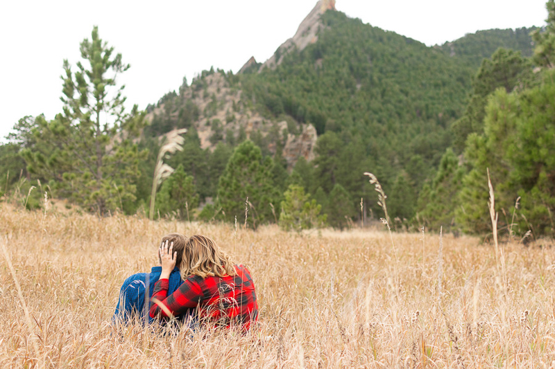 romantic engagement photos in Colorado | ©Nicole Andre Photography
