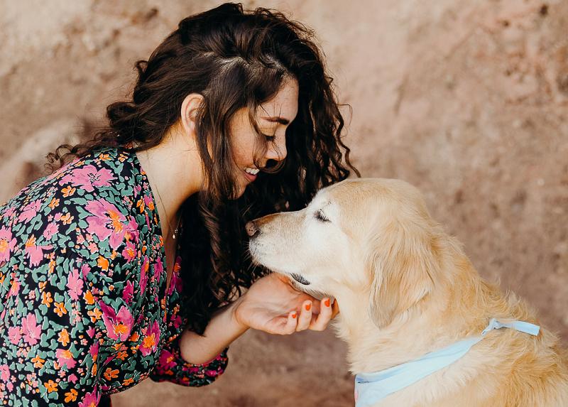 woman and her dog, Phoenix, AZ | ©Ali Tso Photography