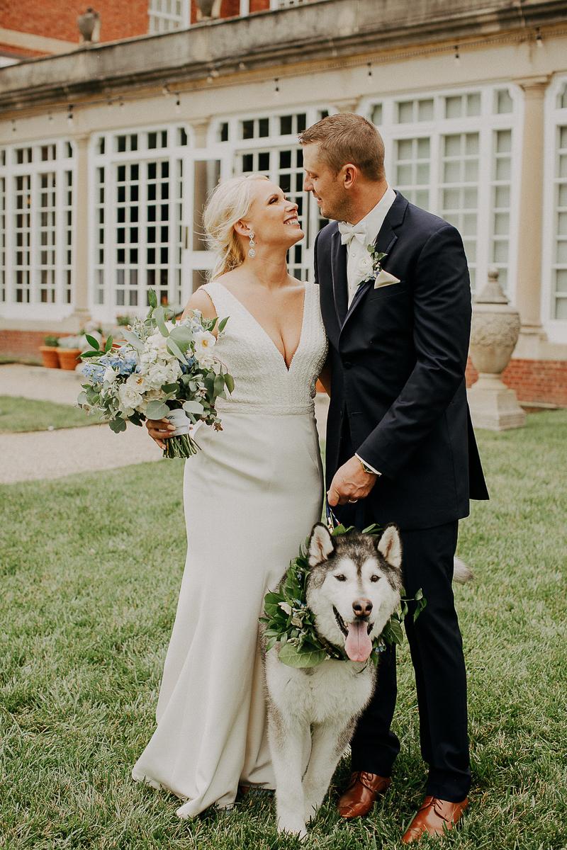 just married couple and their Husky, wedding dog ideas | ©McKenzie Bigliazzi Photography