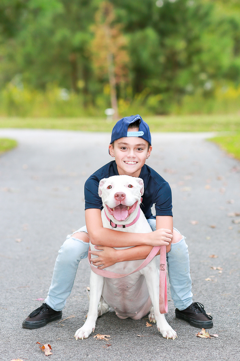 boy and dog, kids and pets portraits | ©Fresh Look Photography
