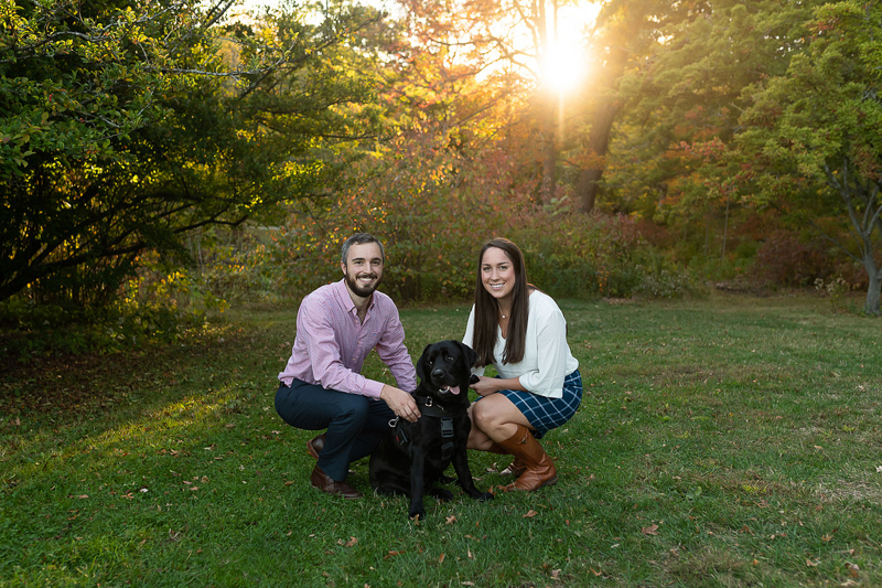 couple and their dog, autumn engagement session | ©Jess Sinatra Photography | dog-friendly engagement portraits