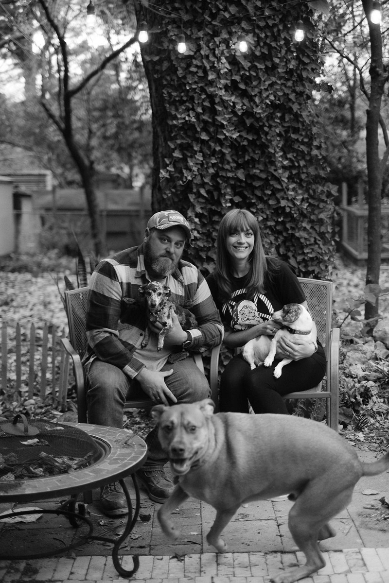 dog-friendly family portraits at home   © Hallie Sigwing Photography, Denton, Texas