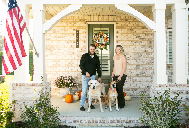 fall family portrait session with Yellow Lab and Boxer mix   ©Mandy Whitley Photography